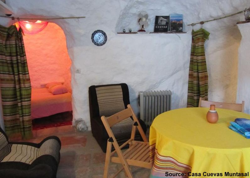 casa-cuevas-muntasal